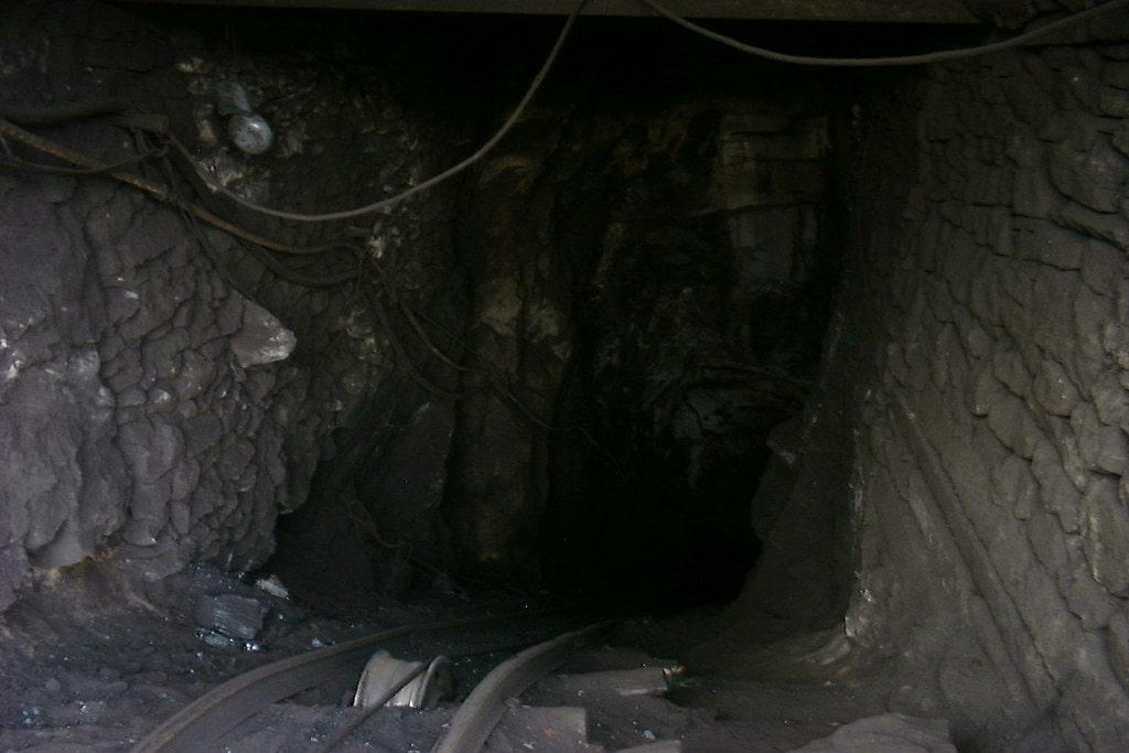坑道2.jpg