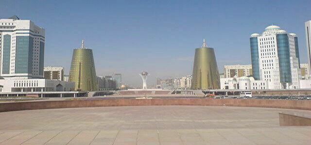 640px-Astana_centr.jpg